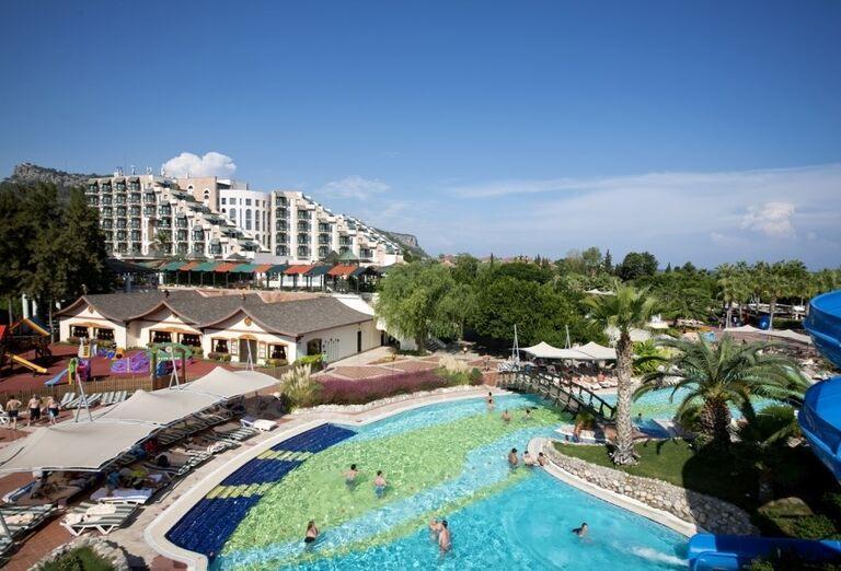 Areál hotela Limak Limra