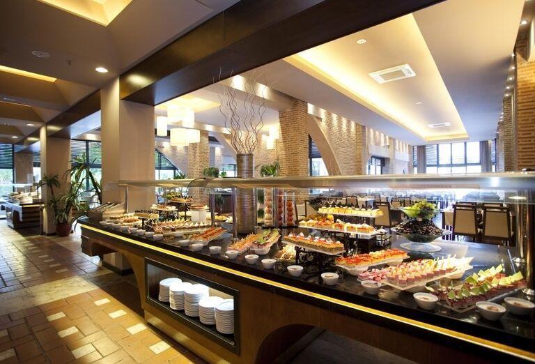 Chutné švédske stoly v hoteli Limak Limra