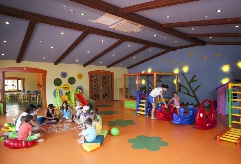 Detské hry v miniklube hotela Limak Limra