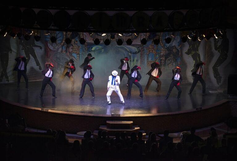 Vystúpenie tanečníkov v hoteli Limak Limra
