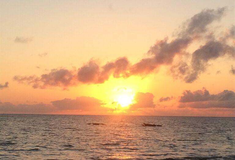 Romantický západ slnka na Zanzibare