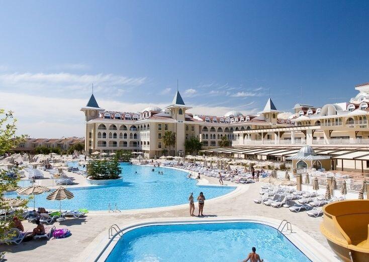 Vonkajšie bazény v hoteli Side Star Resort