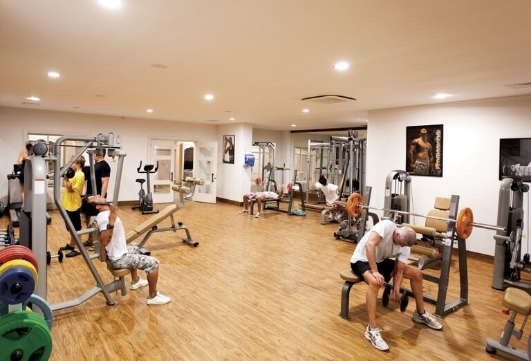 Fitnes v hoteli Side Star Resort