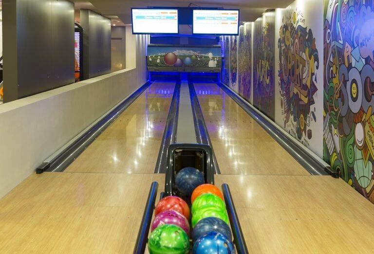 Bowling v hoteli Side Star Elegance