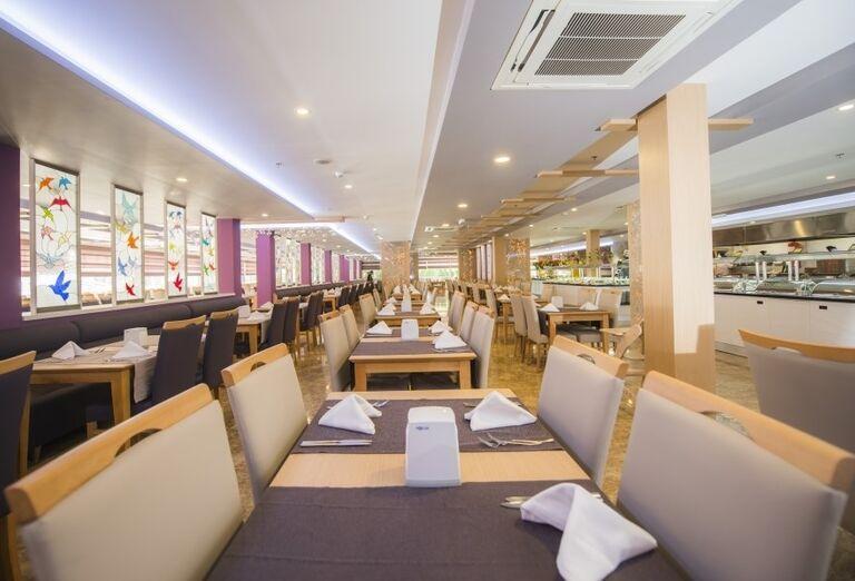 Reštaurácia v hoteli Sandy Beach