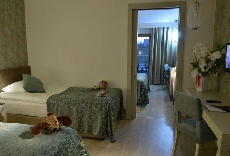 Komfortná izbe v hoteli Port Side Resort