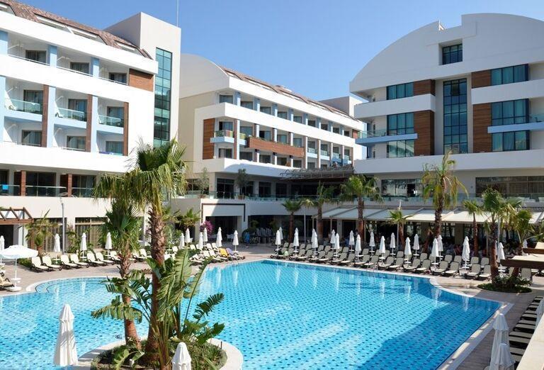 Hotel Port Side, Side, areál