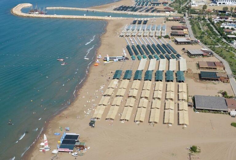 Hotel Port Side, Side, pláž