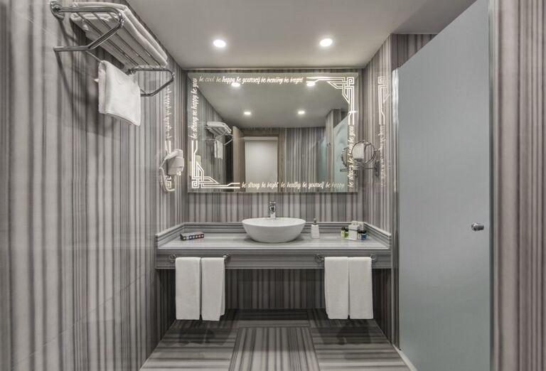 Kúpeľňa v hoteli Delphine Be Grand Resort