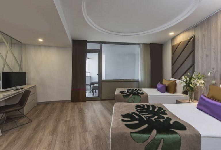 Ubytovanie v hoteli Delphine Be Grand Resort