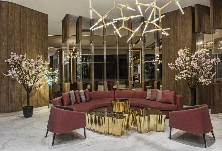 Posedenie v hoteli Delphine Be Grand Resort