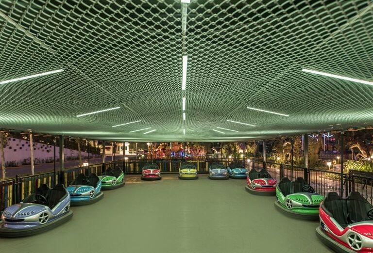 Autodrom v hoteli Delphine Be Grand Resort