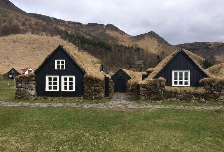 Dedinské domčeky