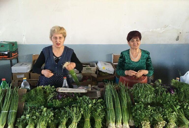 Za krásami Arménska- stánok so zeleninou