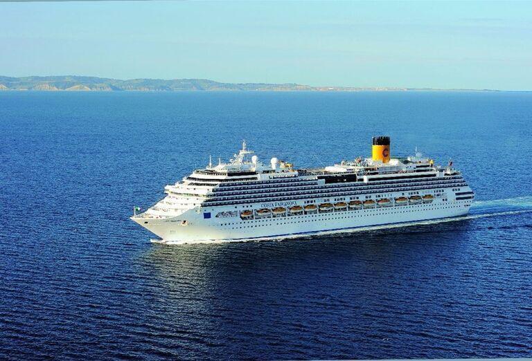 Výletná Loď Costa Fascinosa - pohľad na loď