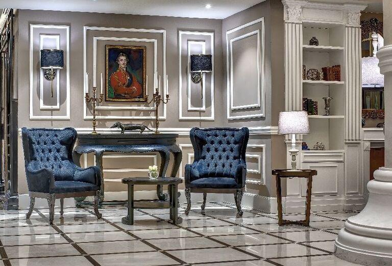 Posedenie v hoteli Dukes Dubai