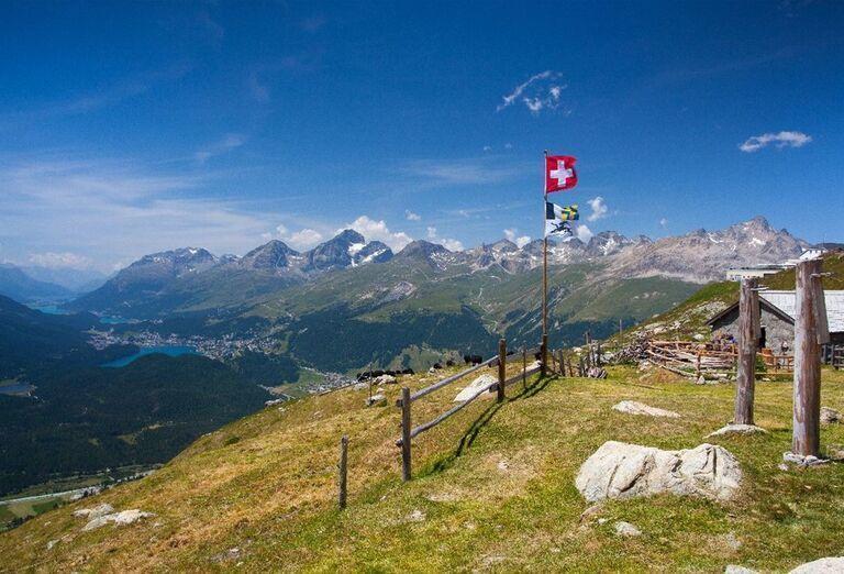St. Moritz nachádzajúci sa v údolí Engadin