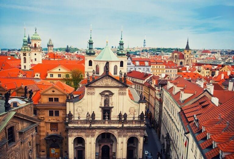 Stovežatá Praha