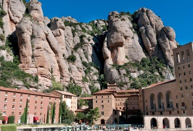 Benediktínske opátstvo, Montserrat, poznávací zájazd, Španielsko