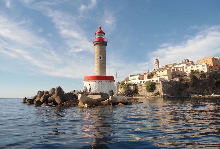 Maják v prístave Bastia