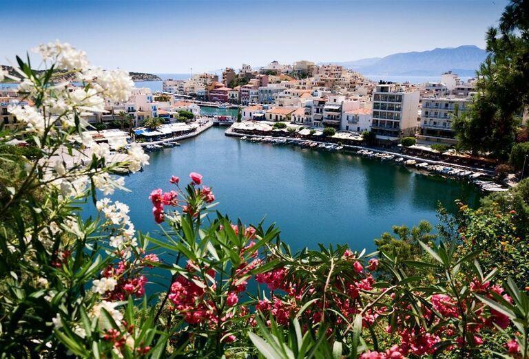 Prístav v meste Agios Nikolaos