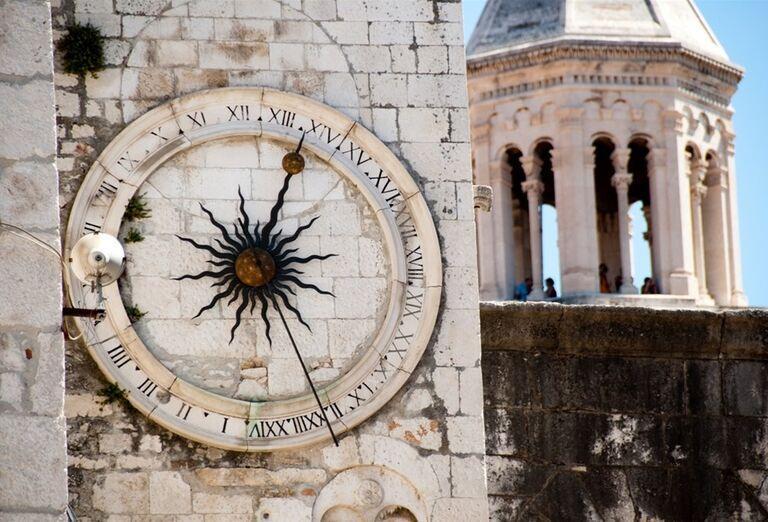 Veža kostola v meste Split