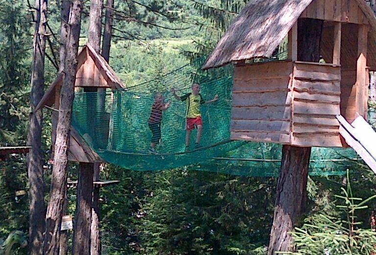 Menšia tarzaniáda v Drevenice Resort