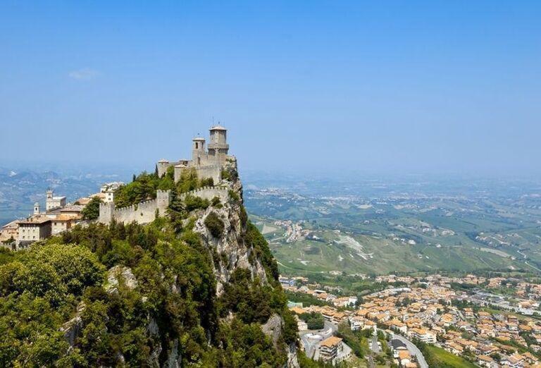 Hradný kopec, San Marino, poznávací zájazd, Taliansko
