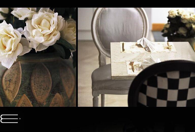 Stolovanie a váza s kvetmi v hoteli Esprit