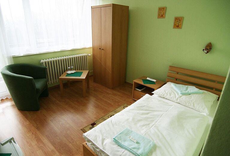 Jednolôžková izba v hoteli Flóra