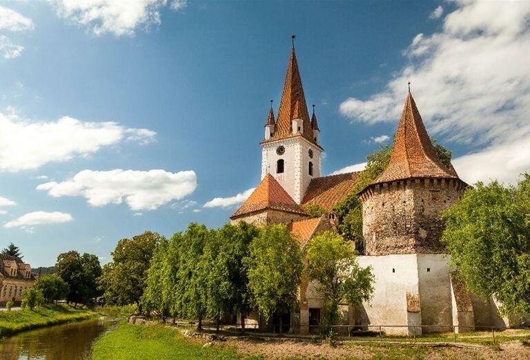 Opevnený kostol St. Sevastius neďaleko Sibiu
