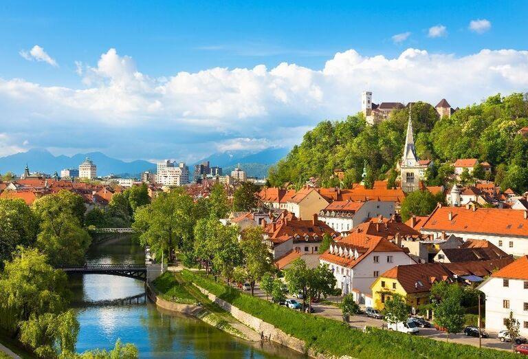 Pohľad na rieku a Ľubľanský hrad