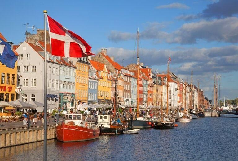 Prístav Nyhavn v Kodani