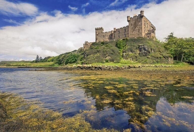 Hrad Dunvegan-Škótsko