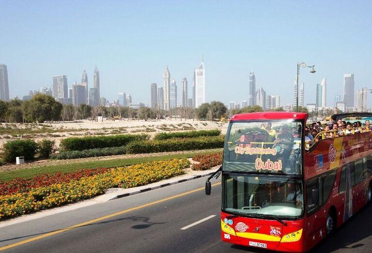 Výletný autobus v Dubaji