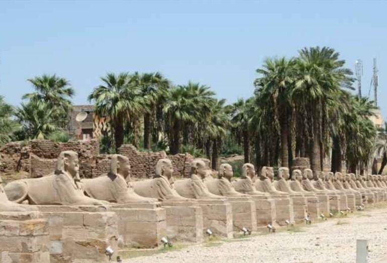 Egypt - plavba po Níle - Sochy