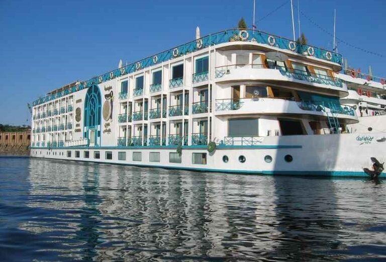 Výletná loď na Níle