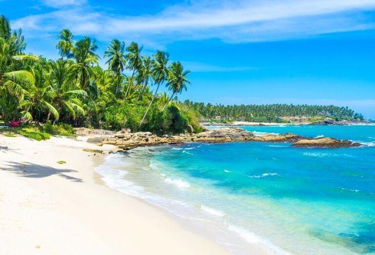 Pláž na Srí Lanke