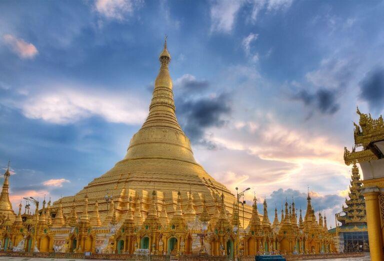 Shwedagon Pagoda symbol Rangúnu