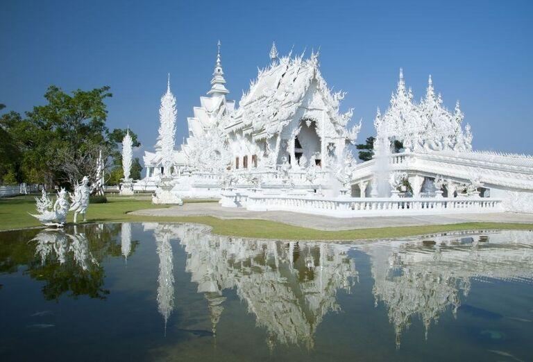 Biely chrám Wat Rong Khun