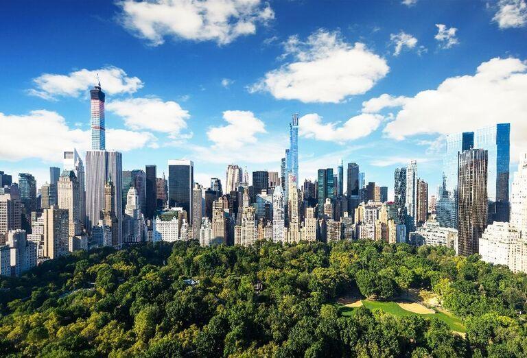 Pohľad na Central park a budovy New Yorku