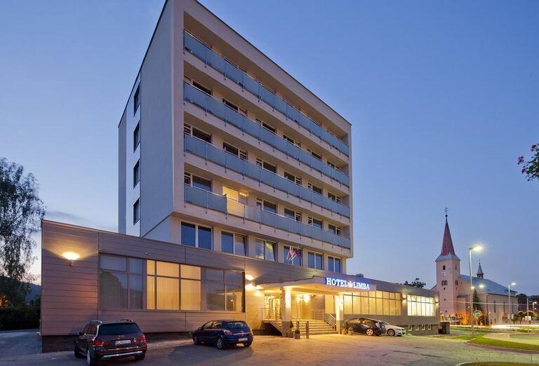 Pohľad na hotel Limba