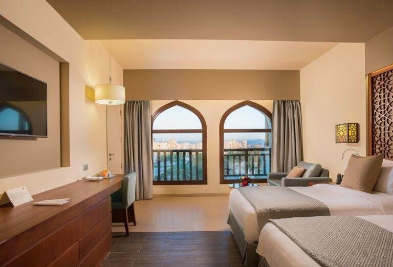 Izba s výhľadom na more v hoteli Fanar hotel and residences