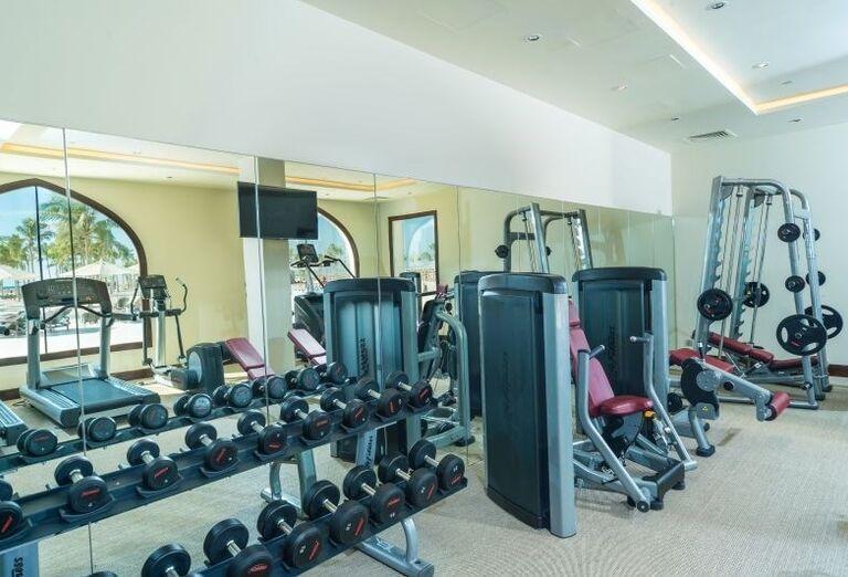 Fitnes centrum v hoteli Fanar hotel and residences
