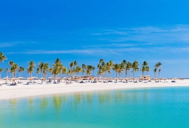 Krásna piesková pláž