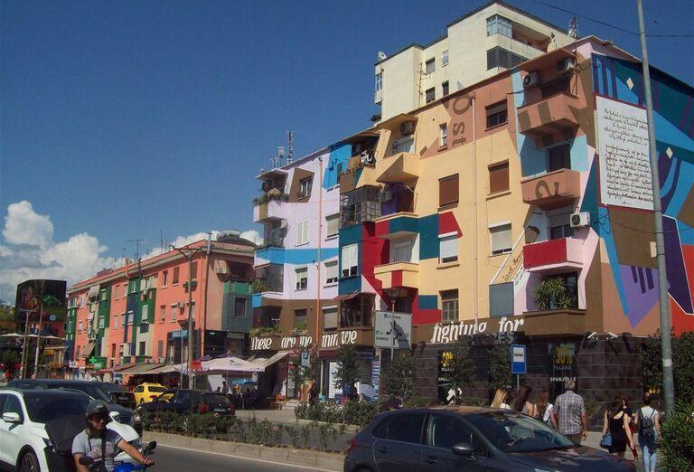 Albánsko - ulice mesta