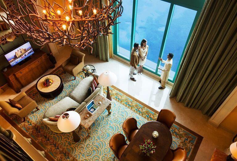 Posedenie v hoteli Atlantis, The Palm