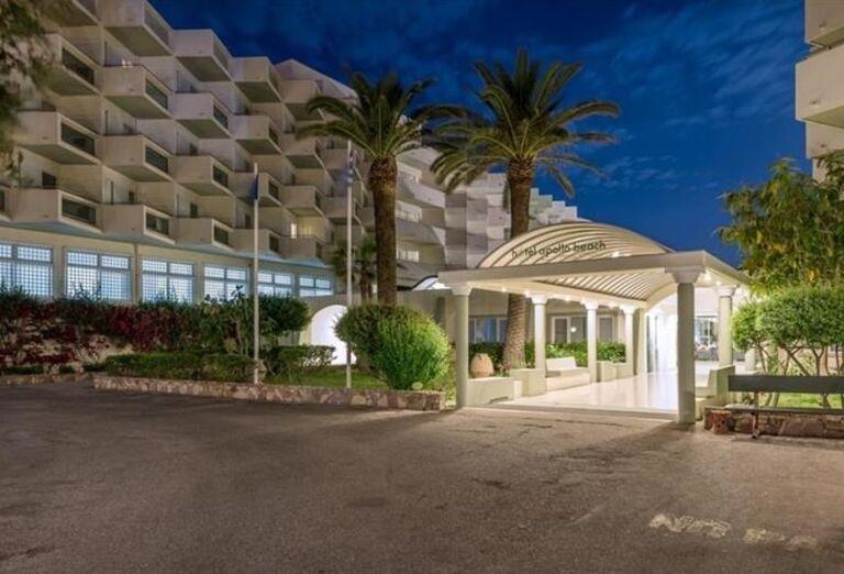 Vstup do hotela Apollo Beach