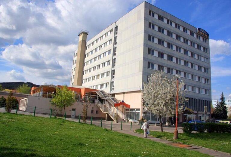Pohľad na hotel Barónka