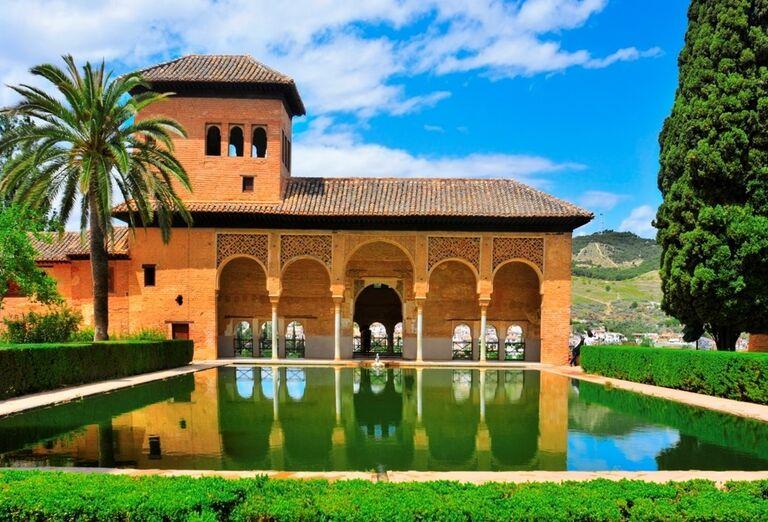 Alhambra, Granada, poznávací zájazd